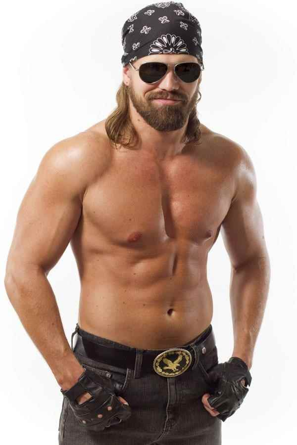 Wrestler Cody Deaner (Chris  Grey)